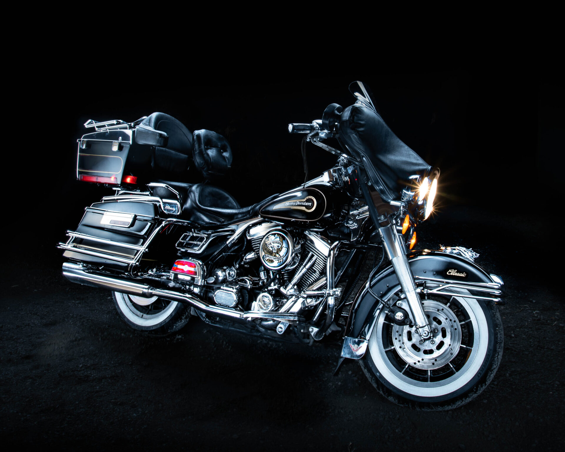 Photograph of 1996 Harley Davidson Electric Glide Classic